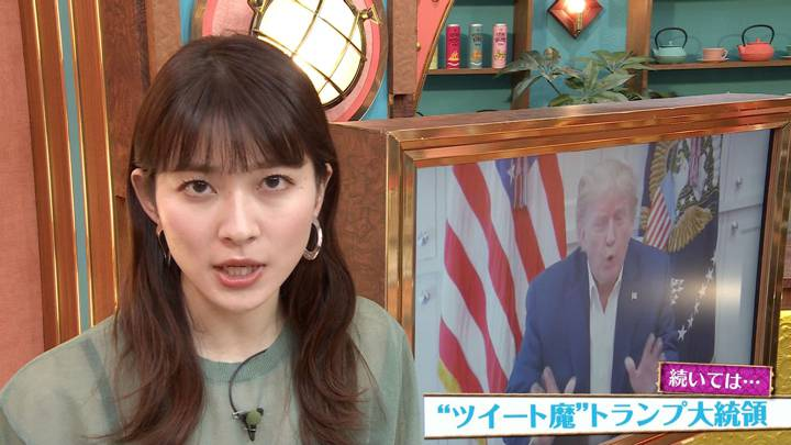 2020年10月11日山本里菜の画像10枚目