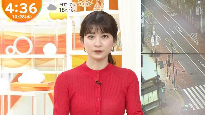 2020年10月28日山本里菜の画像04枚目
