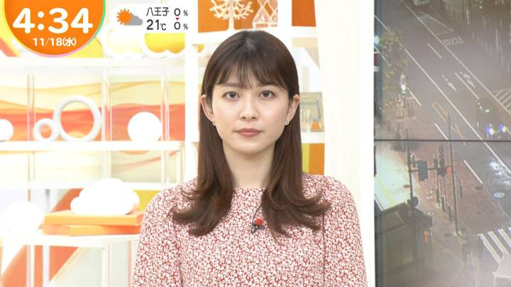 2020年11月18日山本里菜の画像02枚目