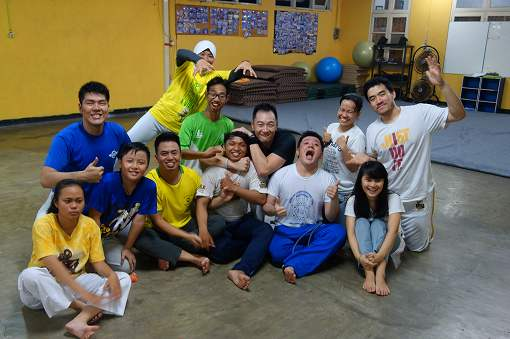Zungu Capoeira Surabayaのみなさま、突然の日本人カポエイリスタの来訪にどうもありがとうございました。