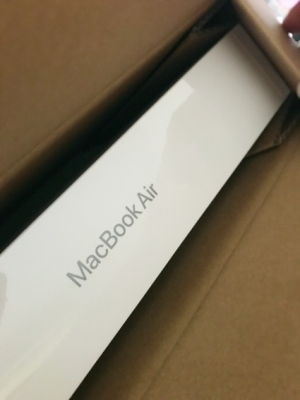 macbookair3.jpg