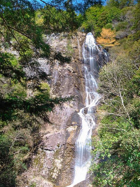 七種の滝06