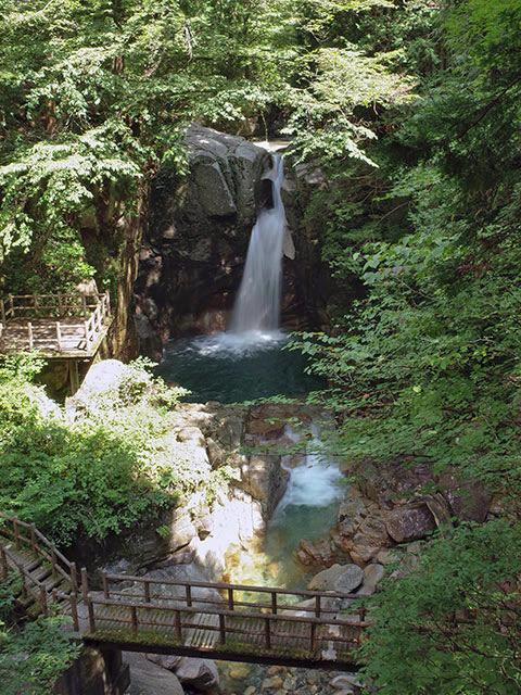 夕森竜神の滝02