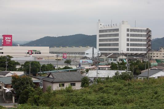 09-9-12東泉町1号踏切遠景 (10)c