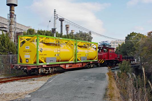 20100123黄タンコ入場のコピー