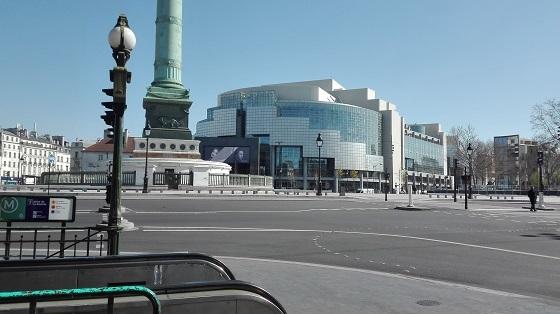 パリ、バスティーユ広場