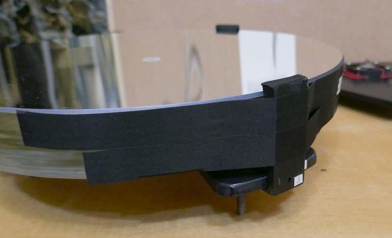 ミラーサポートからアセテートテープで鏡を固定。これで…