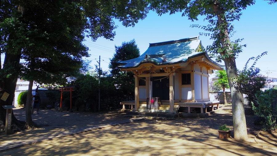 「和田神社の塚」2