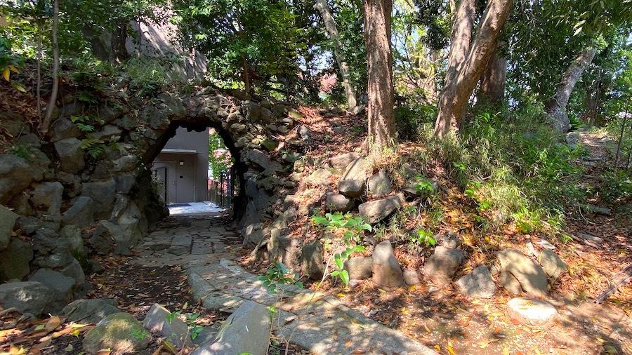 「日枝神社の前方後円墳」9