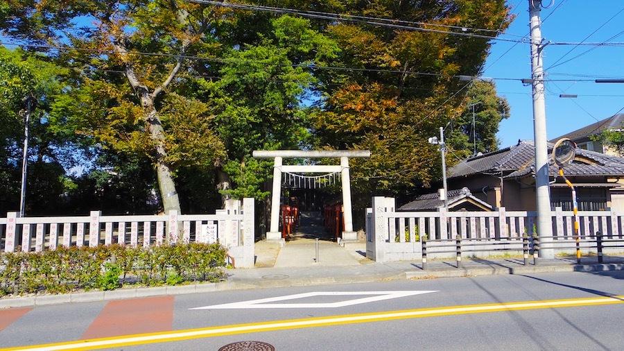 「淵の宮氷川神社(伊興氷川神社古墳)」1