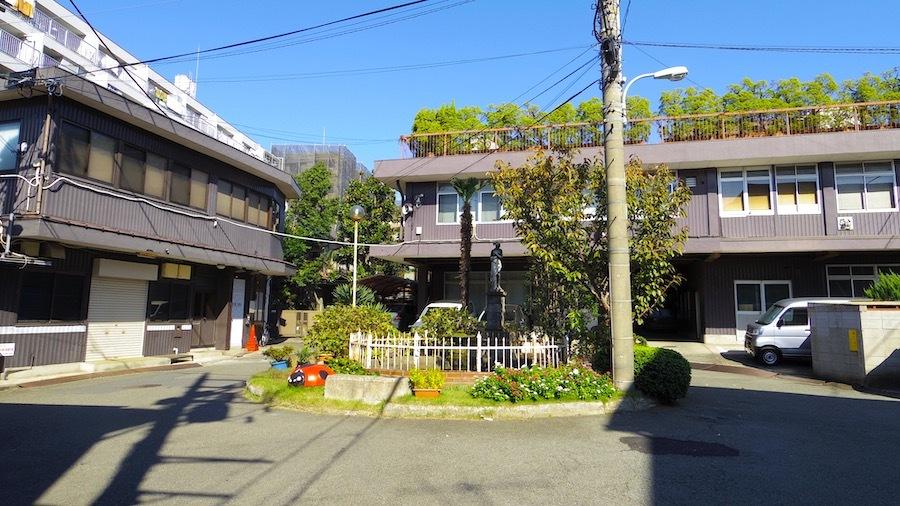 335 119 稲荷塚(八幡神社跡地)
