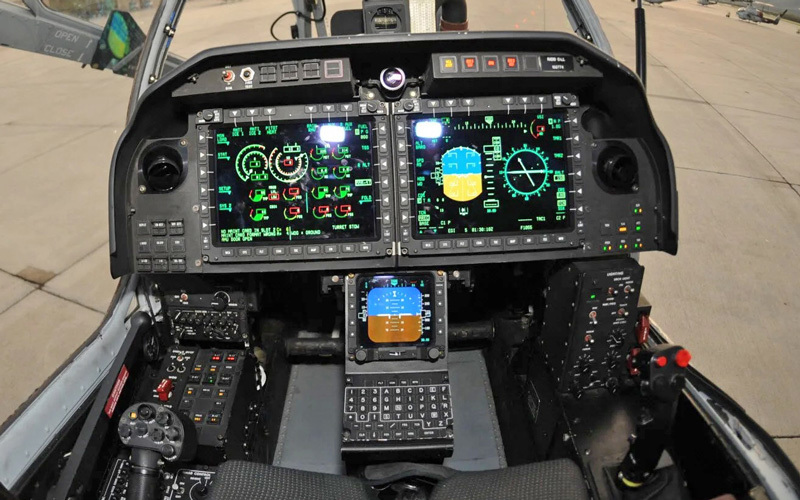 AH-1Z-Cockpit (2)
