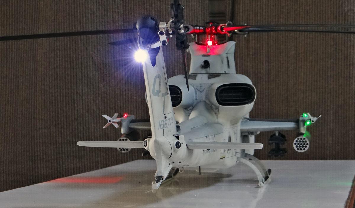 AH-1Z--exterior-light-10.jpg