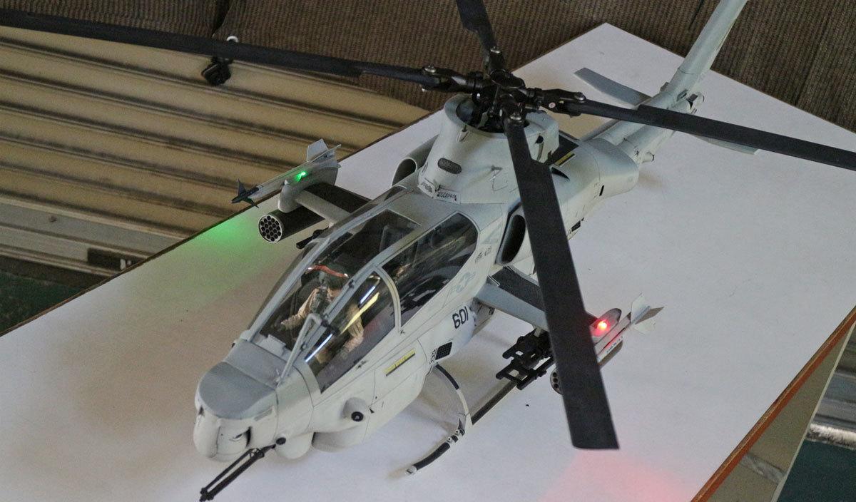 AH-1Z--exterior-light-11.jpg