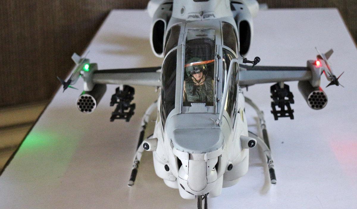 AH-1Z--exterior-light-12.jpg