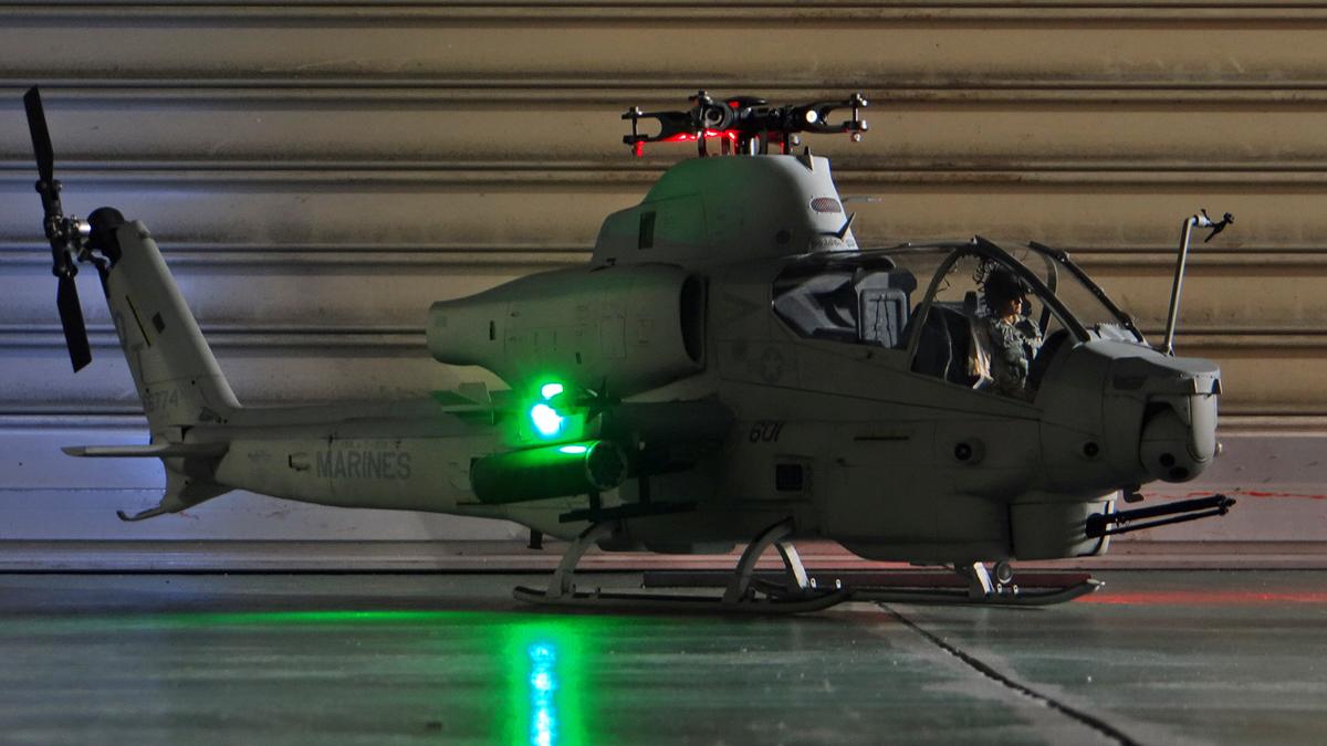 AH-1Z--exterior-light-13.jpg