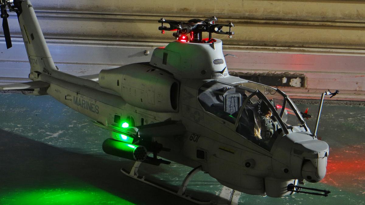 AH-1Z--exterior-light-14.jpg