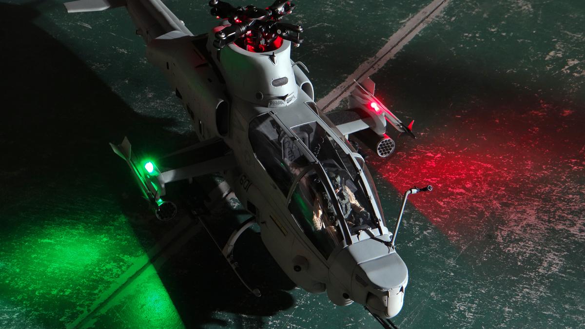 AH-1Z--exterior-light-17.jpg