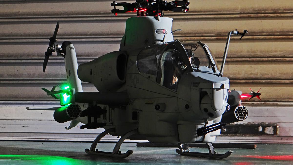 AH-1Z--exterior-light-22.jpg