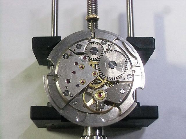 12-手巻き状態の機械