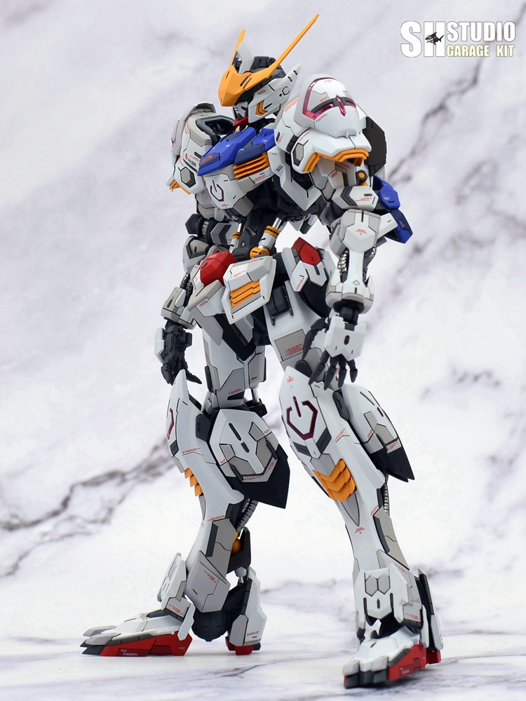 G551_barbatos_MG_SHSTUDIO_033.jpg