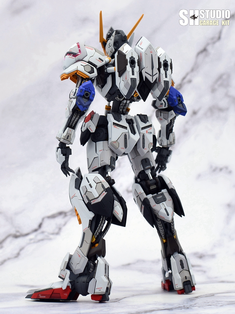 G551_barbatos_MG_SHSTUDIO_036.jpg