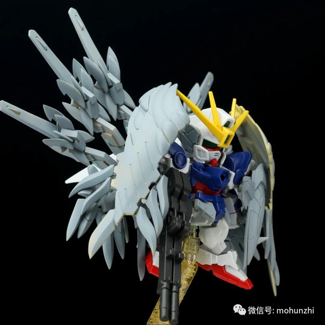G552_sdcs_wing_snowhite_020.jpeg