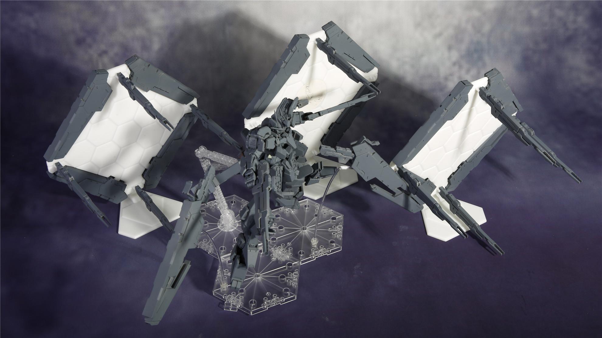 G652_Gundam_Zabanya_006.jpg