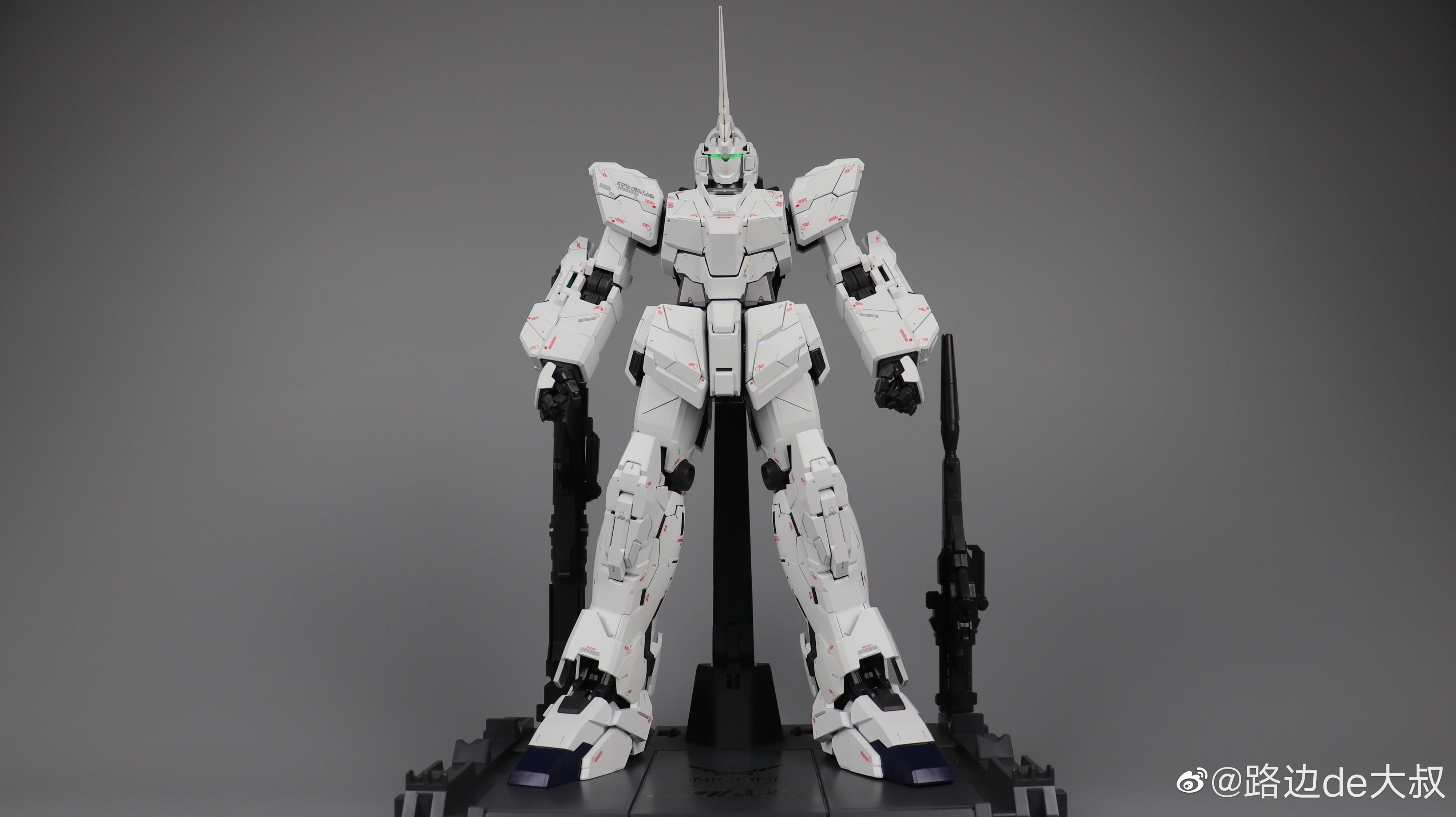 S436_PG_unicorn_led_K_002.jpg