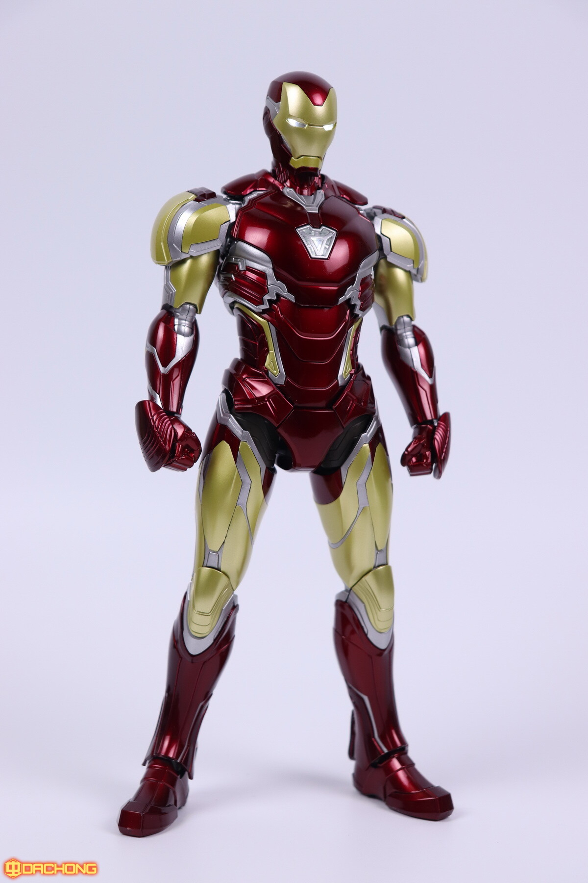 S498_2_e_model_ironman_mk85_dx_096.jpg