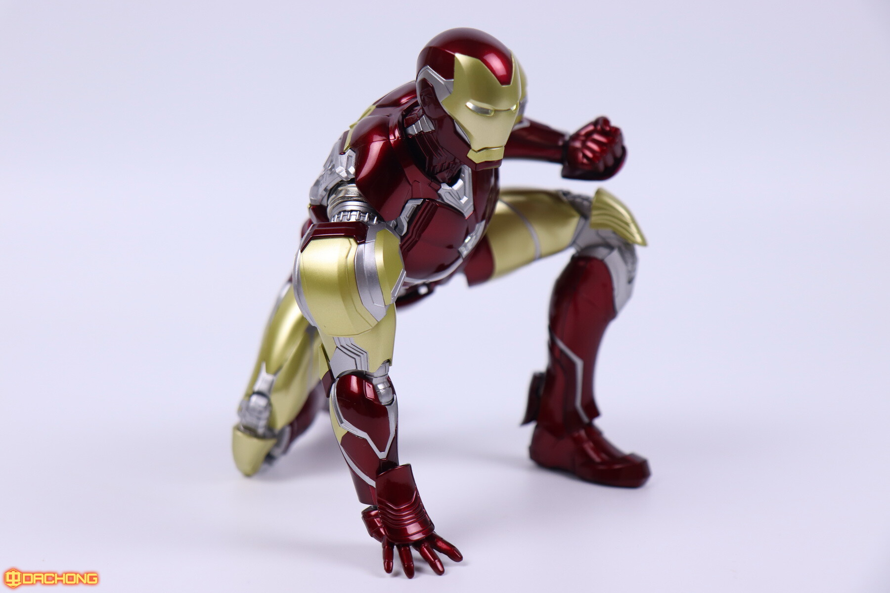 S498_2_e_model_ironman_mk85_dx_101.jpg