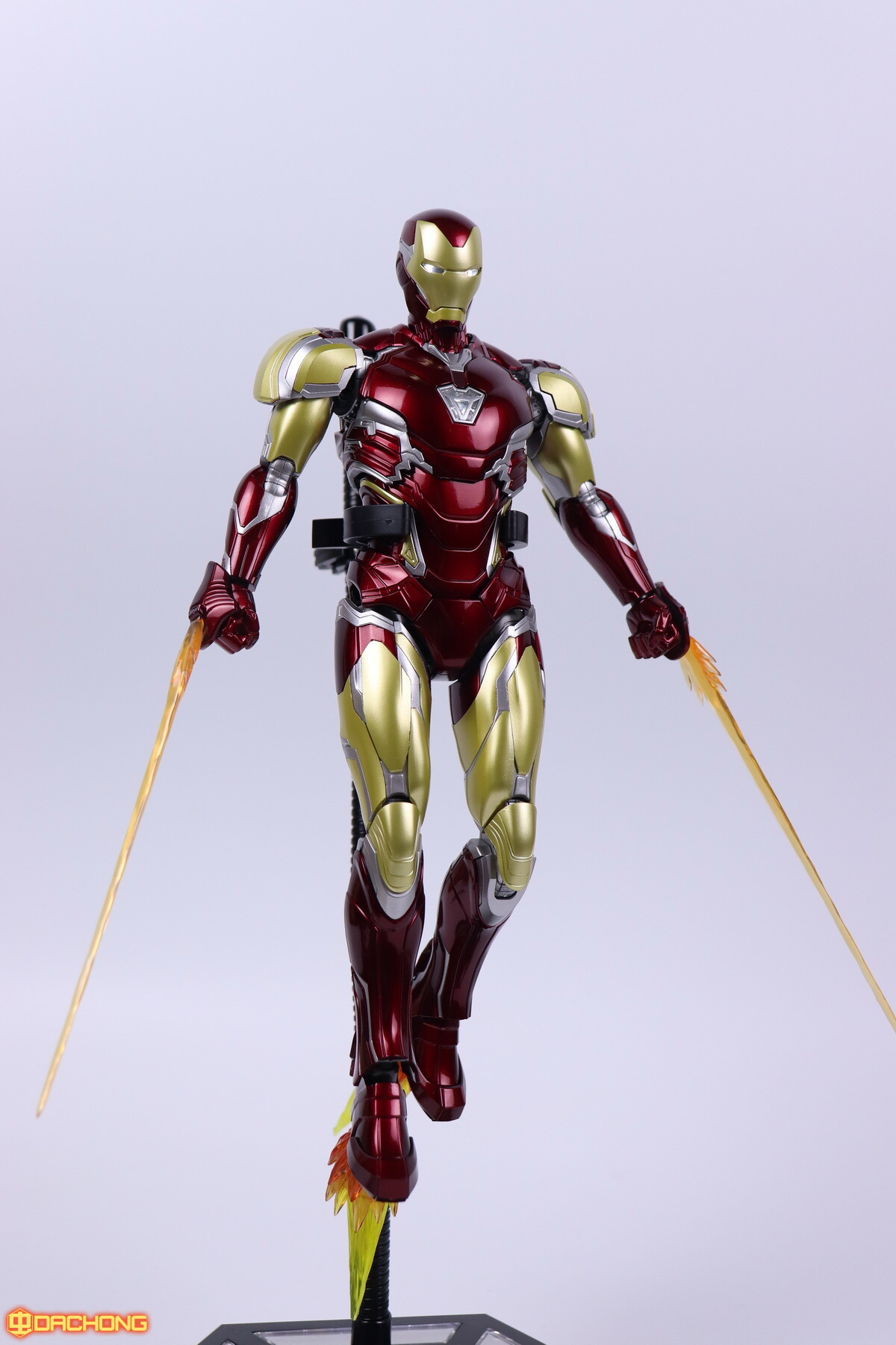 S498_2_e_model_ironman_mk85_dx_105.jpg