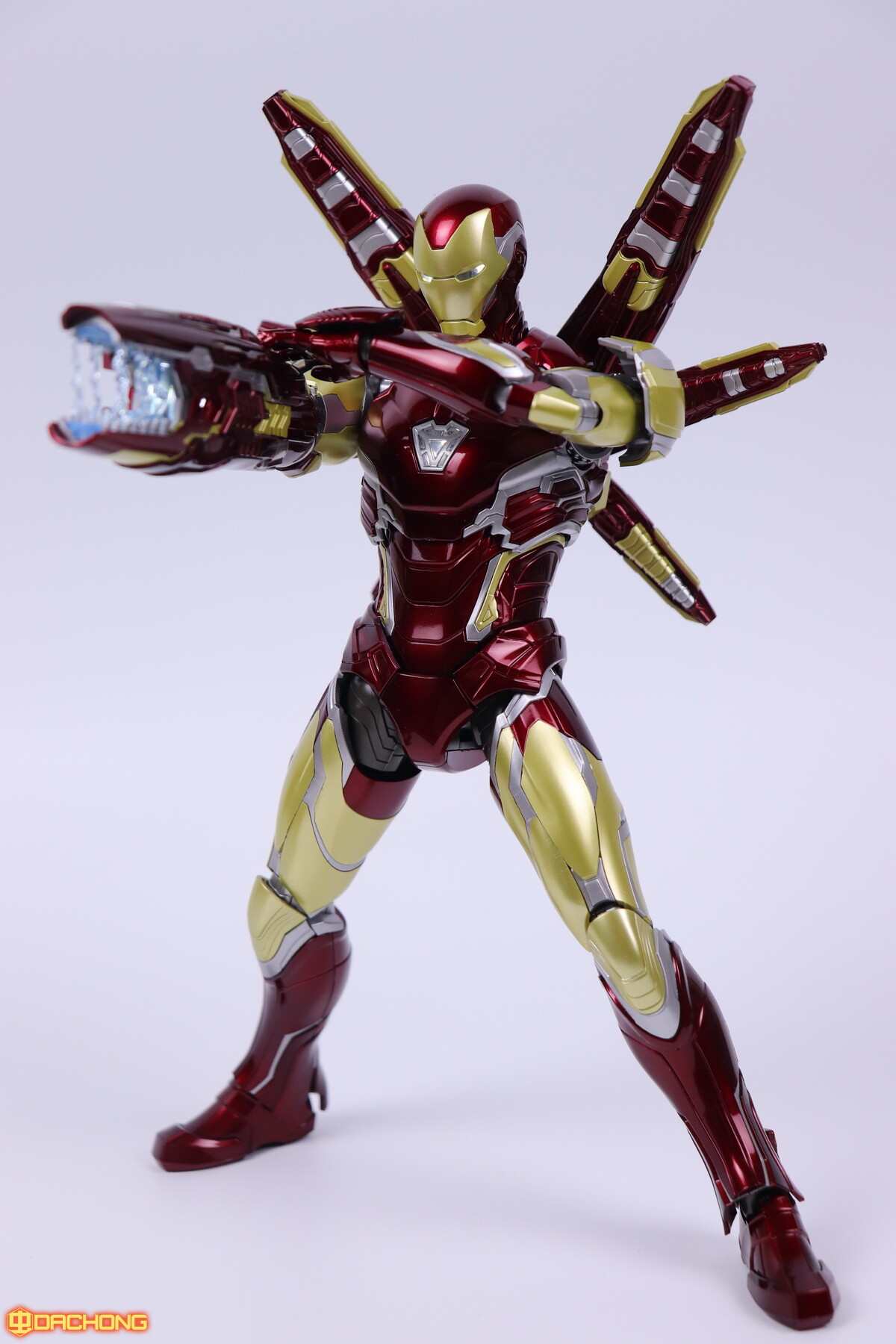 S498_2_e_model_ironman_mk85_dx_110.jpg