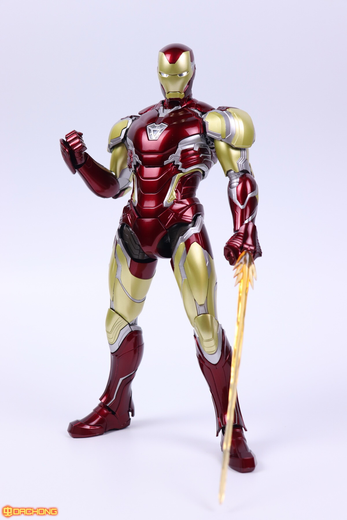 S498_2_e_model_ironman_mk85_dx_113.jpg