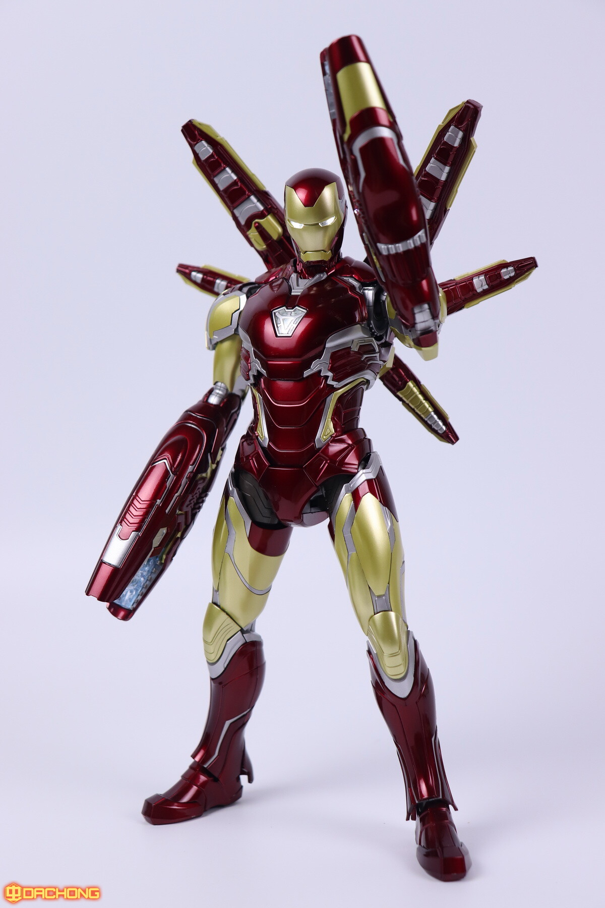 S498_2_e_model_ironman_mk85_dx_119.jpg