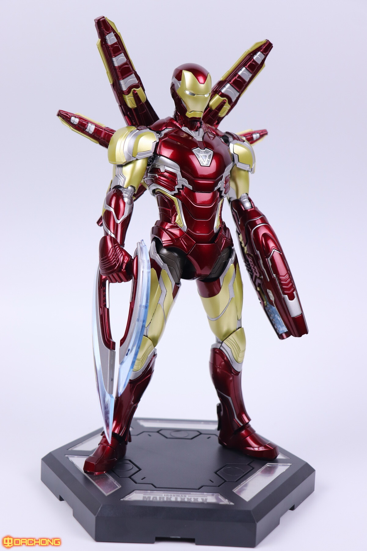S498_2_e_model_ironman_mk85_dx_120.jpg