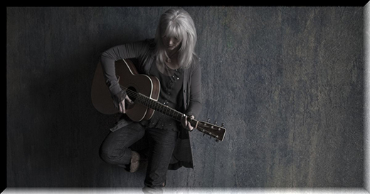emmylou-harris-jack-spencer-guitar-2011-1200x630.jpg