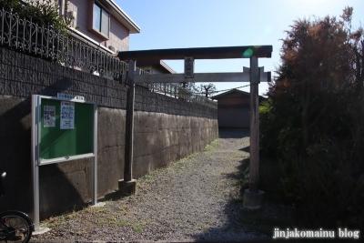 子ノ神社  狭山市入間川1