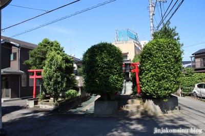 稲荷神社  川崎市多摩区菅北浦1