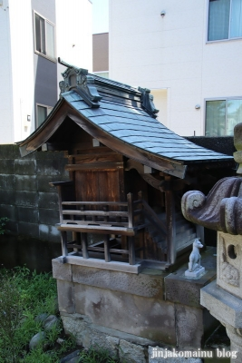 稲荷神社 川崎市多摩区菅稲田堤4