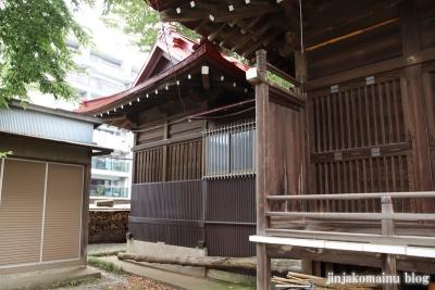 八幡神社  調布市緑ケ丘10