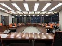 決算特別委員会理事会室