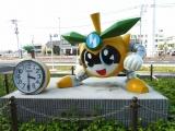 JR南多摩駅 稲城なしのすけ時計台