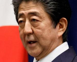 [韓国の反応]【世論調査】内閣支持率36%(+9) 不支持率56%(-8) 毎日新聞 [韓国ネット民]これが国という奴だろう。首相側近の議員やその奥さんまで捜査できるんだから
