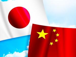 日本が消えるボタンと中国が消えるボタン。押すならどっち?[韓国ネット民]中国は我々には手に余る相手だから中国が消えるのが良い