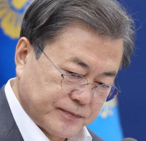 [韓国の反応]日本の朝日新聞「文在寅政権は独善的な姿勢をやめよ」と批判[韓国ネット民]