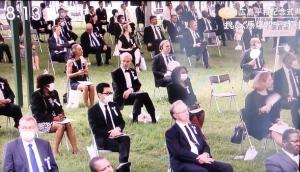 式典の座席