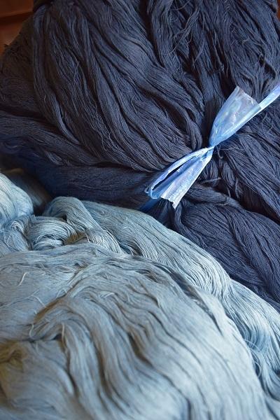 藍染めの綿糸