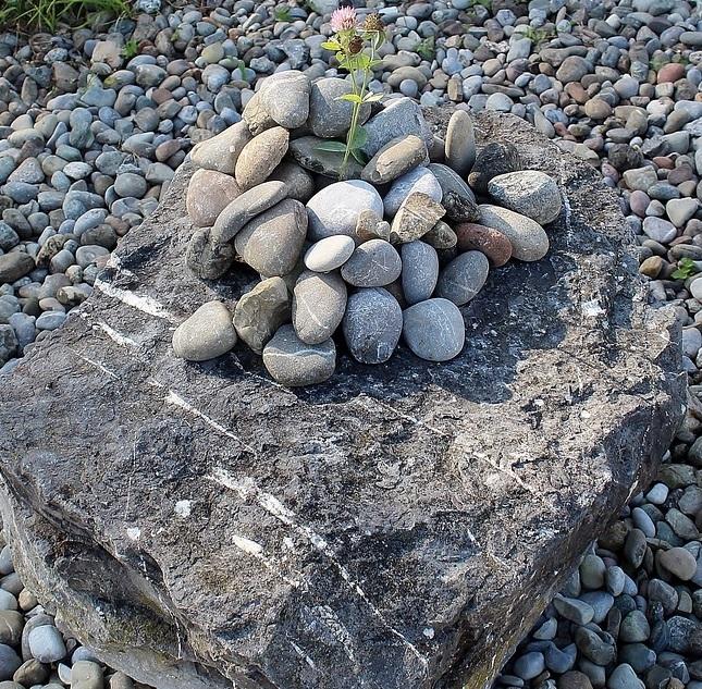 stones-452498_960_720.jpg