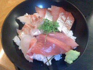 200701_0953~01魚がし 長浜